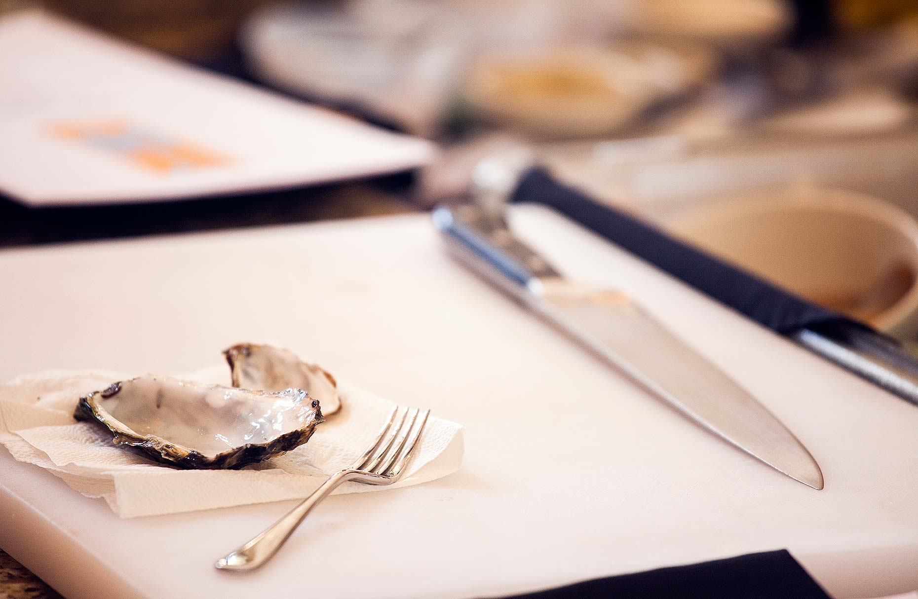 Jason Tinacci food photographer - Empty oyster shell